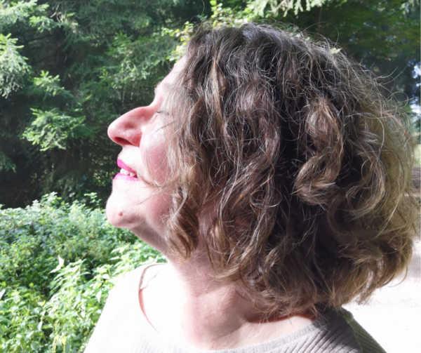 Jacqueline Bürker Portrait Kompass Quiz